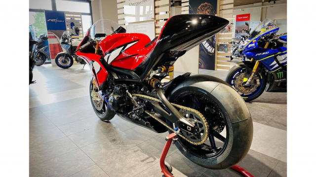 Yamaha Tracer 900 GT do cuc chat thanh SuperpSport R9M - 6