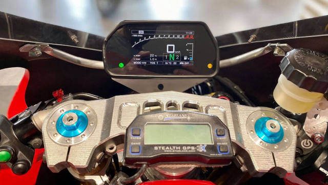 Yamaha Tracer 900 GT do cuc chat thanh SuperpSport R9M - 10