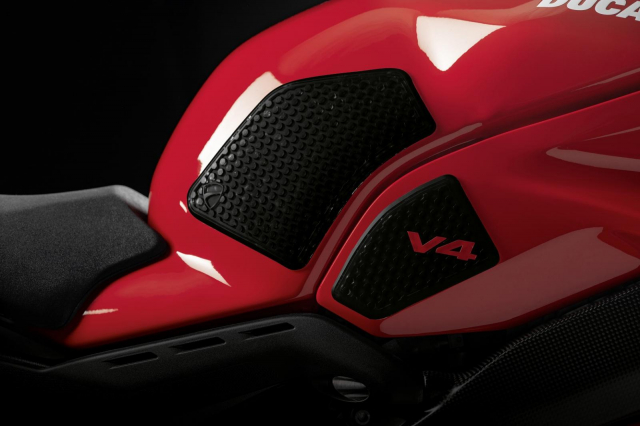 Ducati Panigale V4 2021 duoc trang bi goi phu kien Performance Accessories - 4