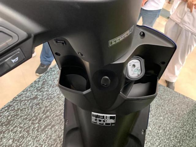 Honda NS110L co thiet ke cuc suc nhung trang bi xin so hon han Vision 2021 - 8