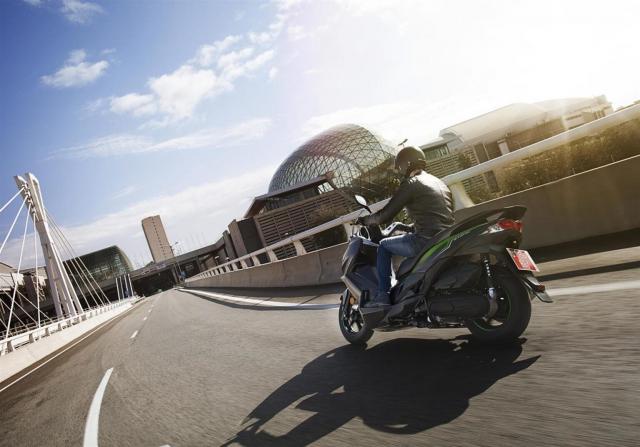 Kawasaki J125 xe tay ga 125cc co gia ban khoang 137 trieu Dong - 20