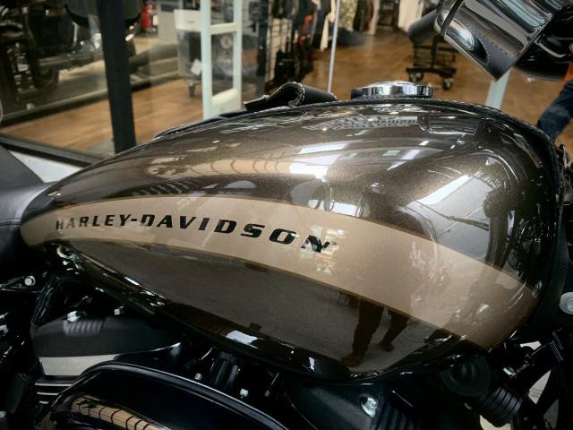 Len san HarleyDavidson 1200 Custom odo 1000km sieu luot tuyet dep - 2