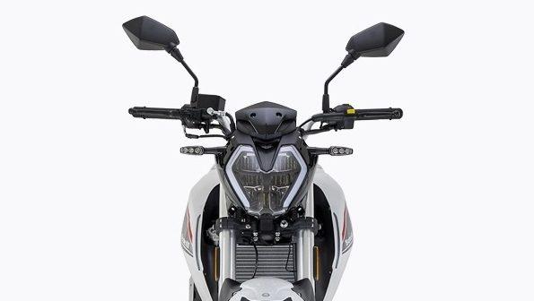 Benelli 180S ra mat voi gia sieu re canh tranh gay gat voi Yamaha MT15