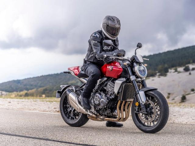 Honda CB1000R CBR1000R Plus 2021 ra mat tai Dai Loan