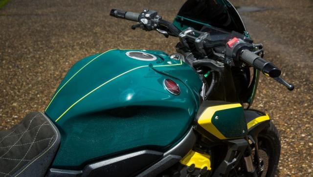 Honda CB650R do lay cam hung tu mau o to dua BRABHAM HONDA BT18 - 9