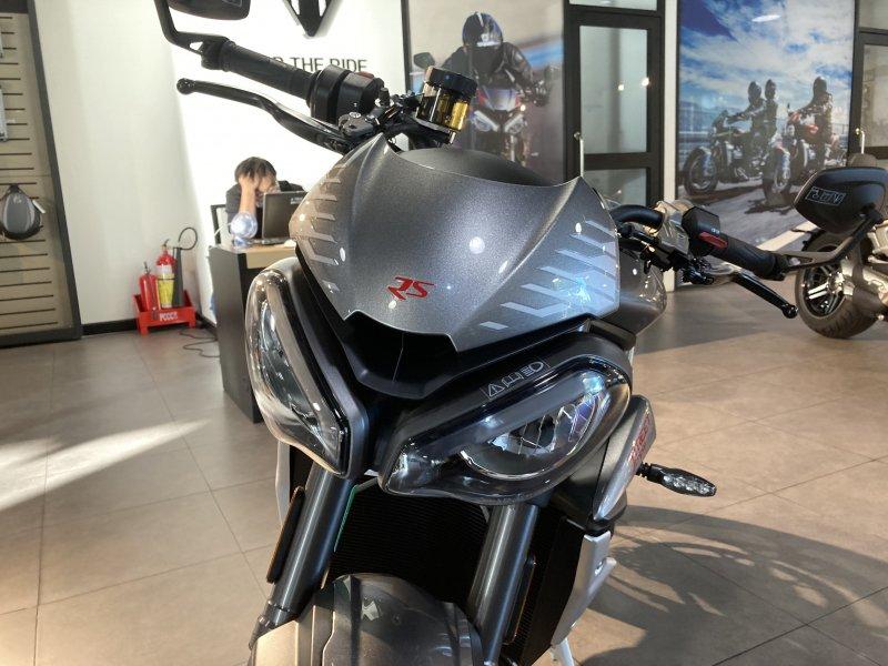 Naked bike Street Triple RS 2021 Moi 100 Co ho tro ngan hang - 3