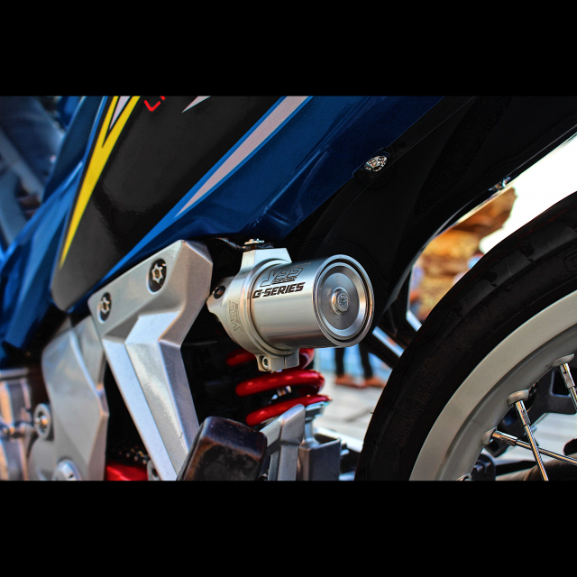 Yamaha Exciter 135 kieng nhe khoe dang trong nang chieu - 8