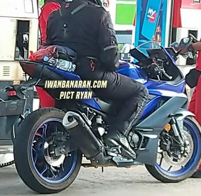 Yamaha R3 2022 va MT03 2022 tiet lo nhung thay doi moi - 3