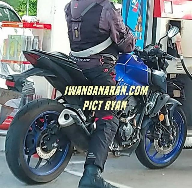 Yamaha R3 2022 va MT03 2022 tiet lo nhung thay doi moi - 8