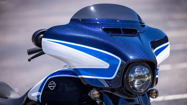 HarleyDavidson Street Glide Special 2021 so huu mau son Arctic Blast gioi han 500 chiec