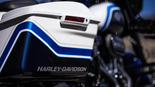 HarleyDavidson Street Glide Special 2021 so huu mau son Arctic Blast gioi han 500 chiec - 4