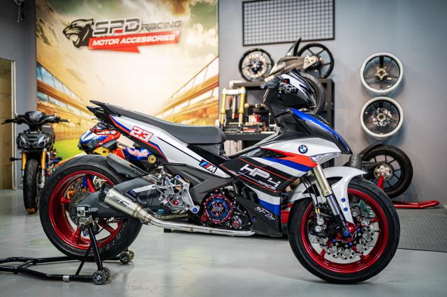 Phien ban Ex 150 do duoc lai tao giua Yamaha R1 va BMW S1000RR - 28