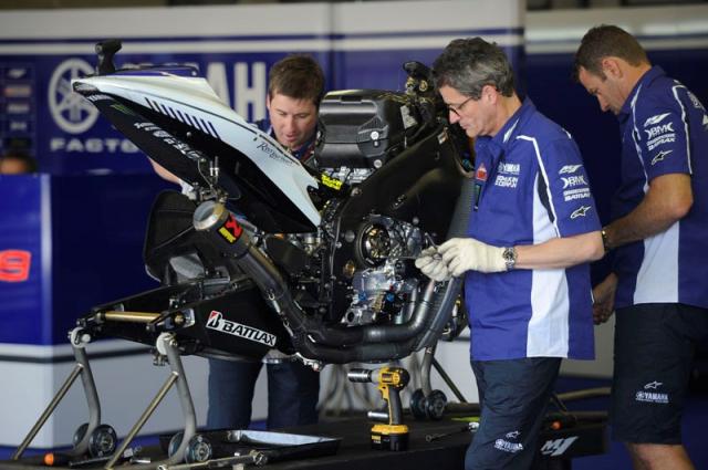 Tai sao khong cho phep su dung hop so ly hop kep DCT trong MotoGP - 5