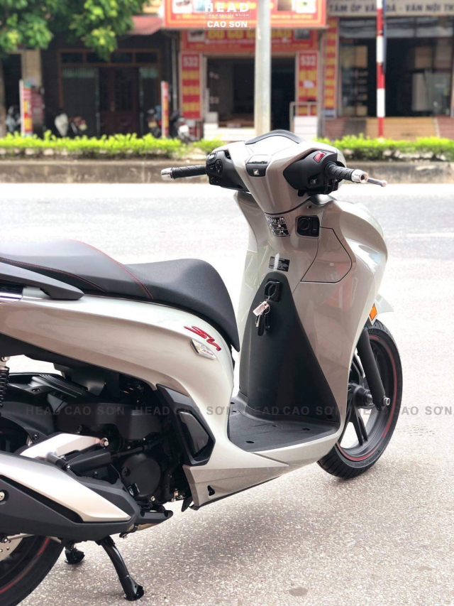 Can canh SH350i ban Sporty dep nhat vua co mat tai Dai Ly - 5