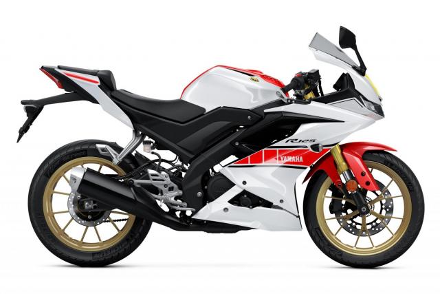 Can canh Yamaha R125 2022 phien ban Ky niem trang bi an dut R15 than thanh - 12