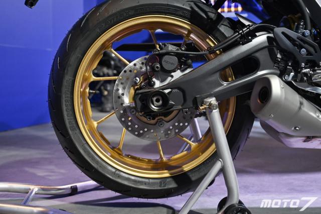 Chi tiet Yamaha R7 phien ban 60th Anniversary Livery gioi han 30 chiec - 8