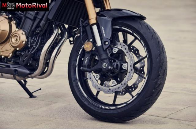 Honda CB500F the he moi va Kawasaki Z400 tren ban can thong so - 6