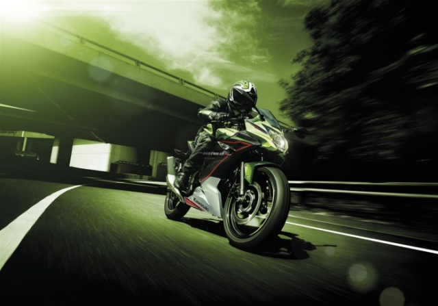 Kawasaki Ninja 125 2022 chinh thuc trinh lang gay soc voi gia ban tren troi - 15