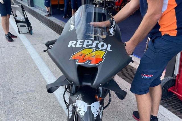 Lo dien nhung chiec xe dua MotoGP hoan toan moi khi dang thu nghiem