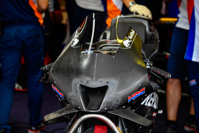 Lo dien nhung chiec xe dua MotoGP hoan toan moi khi dang thu nghiem - 4