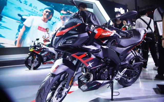 Aprilia GPR 250S 2022 chinh thuc ra mat voi dien mao an tuong