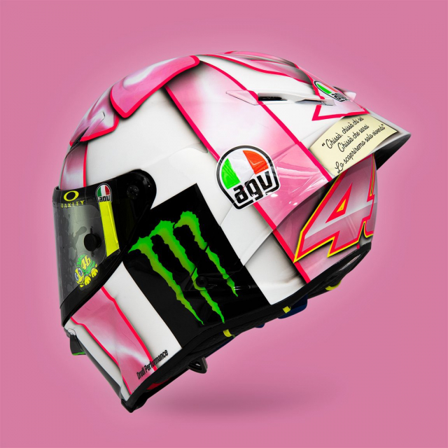 Valentino Rossi gioi thieu mau non danh tang con gai tuong lai - 9
