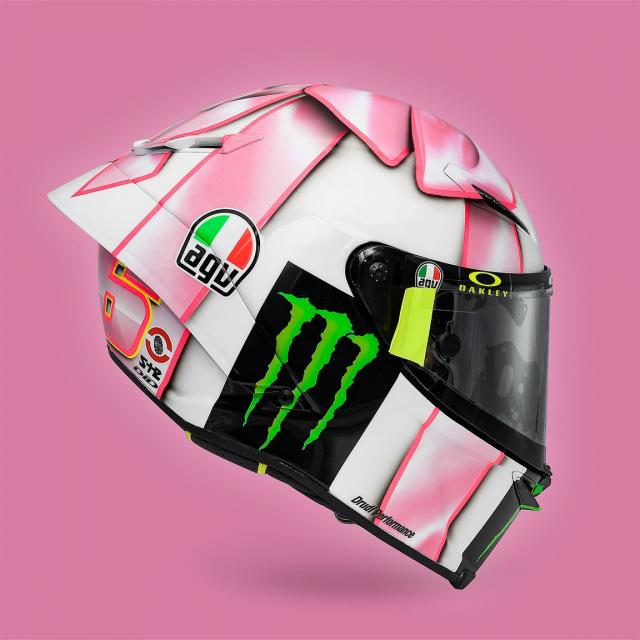 Valentino Rossi gioi thieu mau non danh tang con gai tuong lai - 11