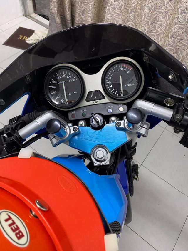 Xe tho Yamaha RXZ 135 duoc thu mua voi gia len toi 325 trieu dong - 21