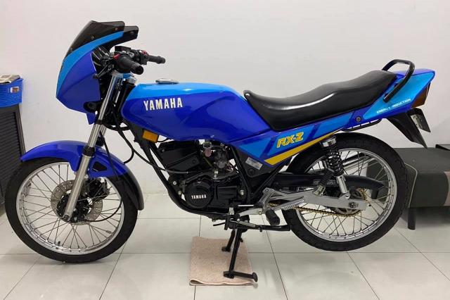 Xe tho Yamaha RXZ 135 duoc thu mua voi gia len toi 325 trieu dong - 29