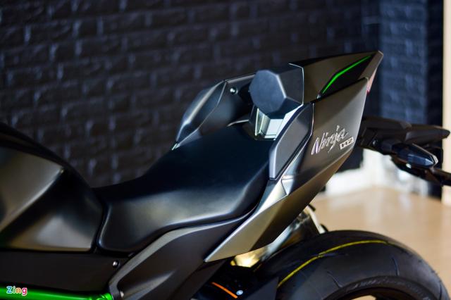 Chi tiet Kawasaki Ninja H2 Carbon gia gan 13 ty dong tai Viet Nam - 10