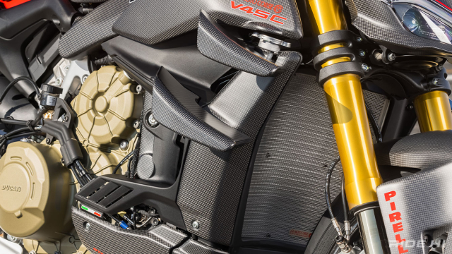 Ducati StreetFighter V4SC do full carbon cuc an tuong - 10