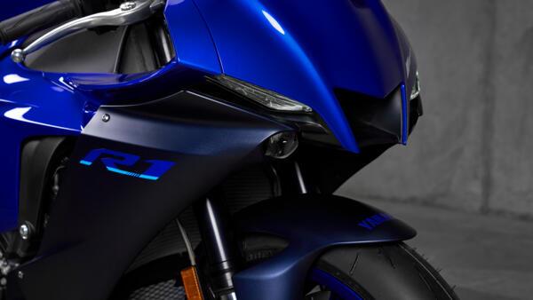 Lo dien Yamaha R1 2022 an theo phong cach cua dan em R7 - 4