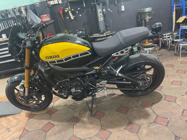 yamaha XSR 900 2016 ban ki niem dac biet 60 nam - 4